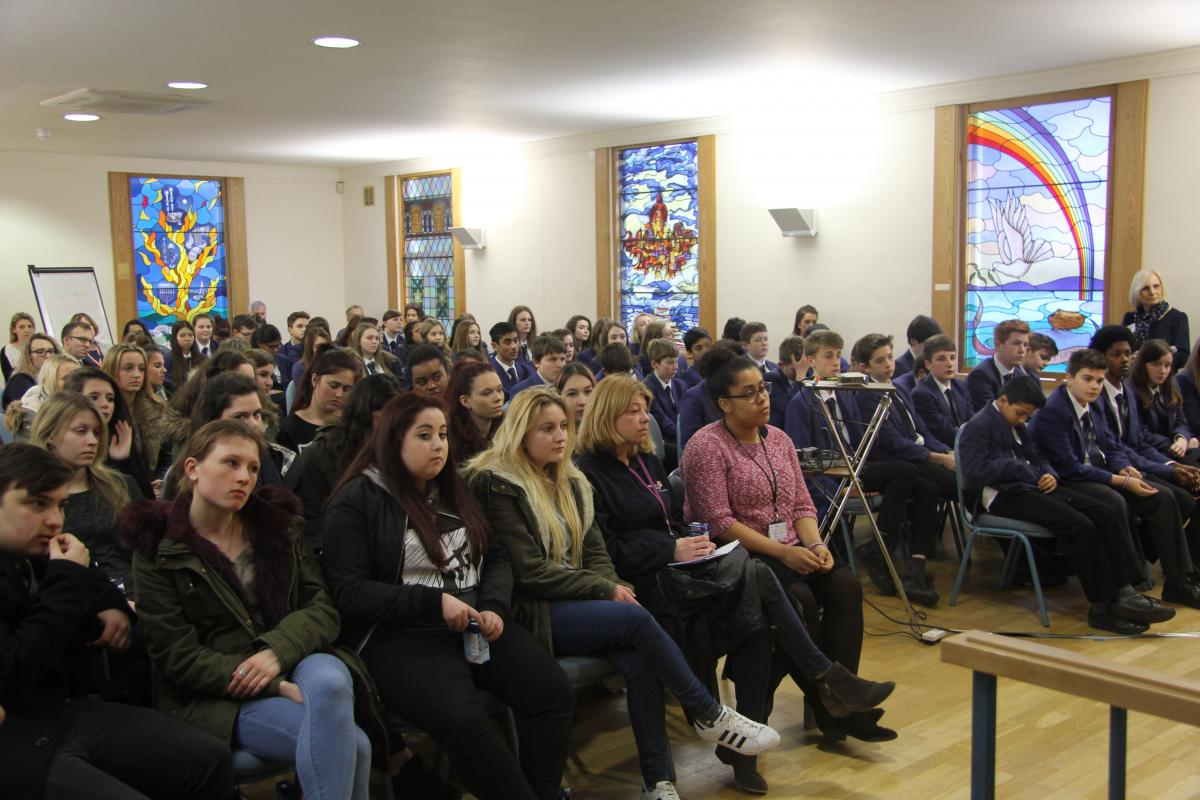 Holocaust survivor makes plea to younger generation 'Tell ...